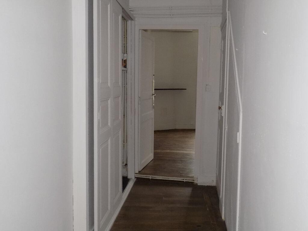 Appartement à louer 5 95m2 à Parthenay vignette-8