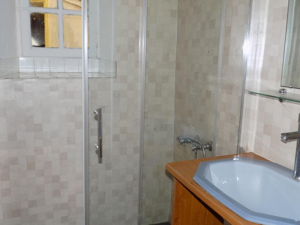 Appartement à louer 5 95m2 à Parthenay vignette-9