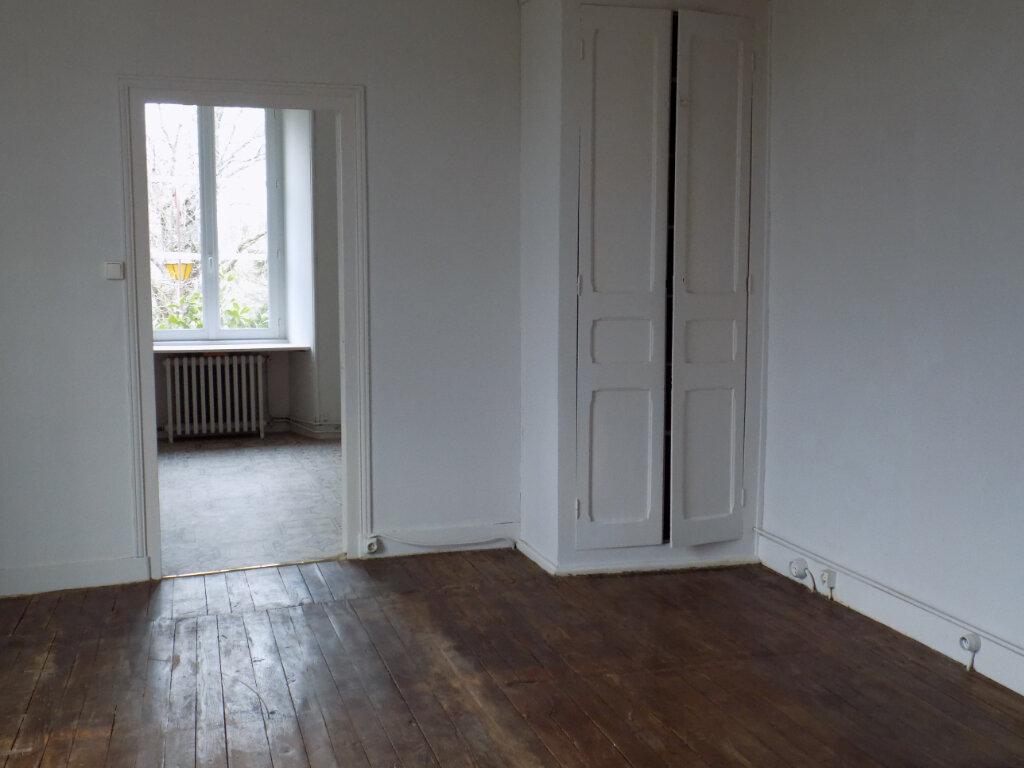 Appartement à louer 5 95m2 à Parthenay vignette-12