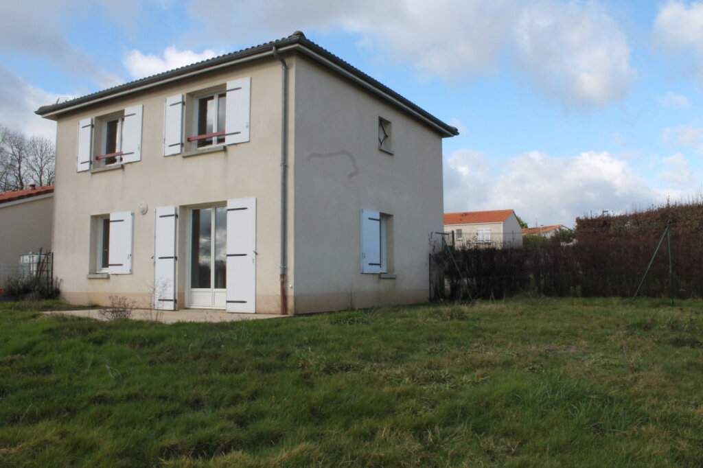 Maison à louer 4 75m2 à Amailloux vignette-1