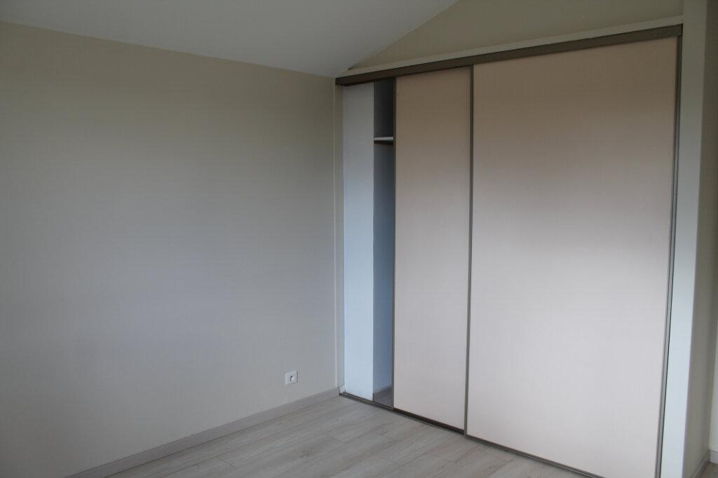Maison à louer 4 75m2 à Amailloux vignette-6