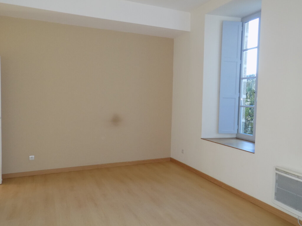 Appartement à vendre 3 87m2 à Parthenay vignette-7