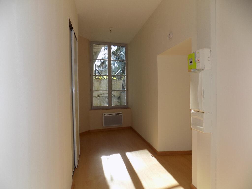 Appartement à vendre 3 87m2 à Parthenay vignette-8