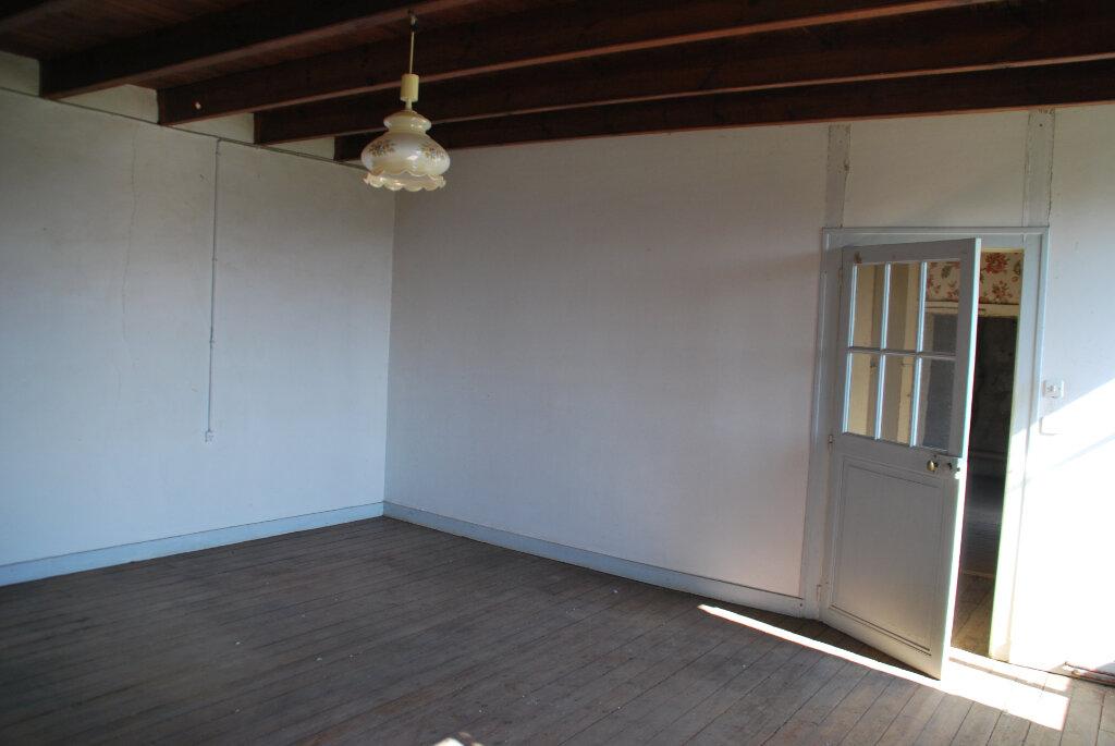 Maison à vendre 3 95m2 à La Boissière-en-Gâtine vignette-3