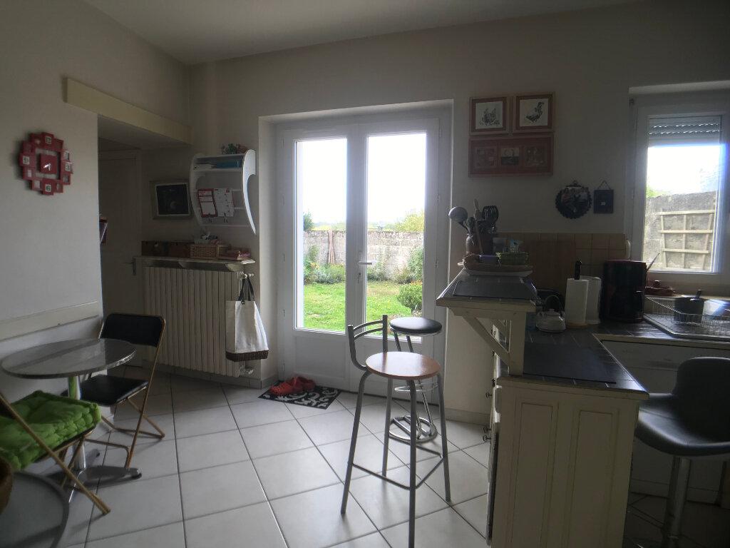 Maison à vendre 5 150m2 à Parthenay vignette-4