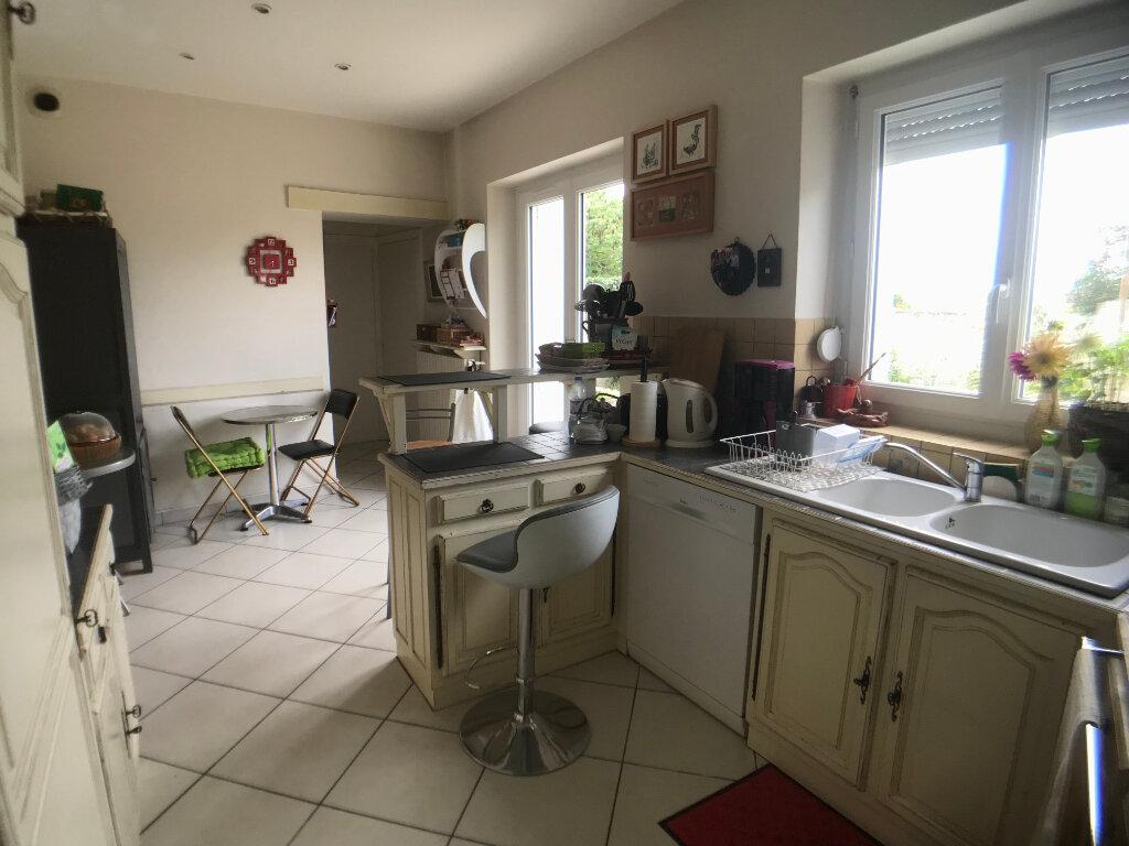 Maison à vendre 5 150m2 à Parthenay vignette-5