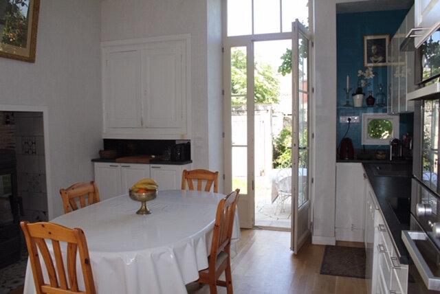 Maison à vendre 9 205m2 à Champdeniers-Saint-Denis vignette-5