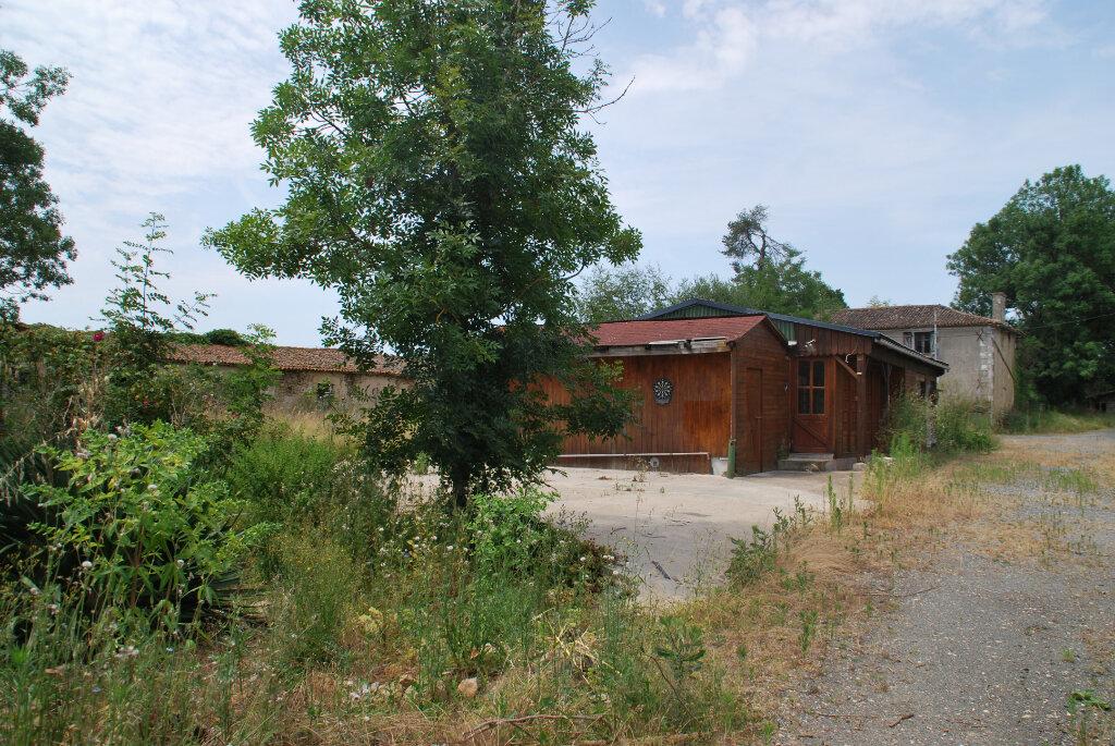 Maison à vendre 2 140m2 à Ménigoute vignette-3
