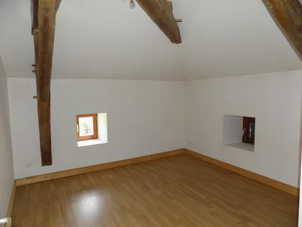 Maison à louer 4 103m2 à Oroux vignette-5