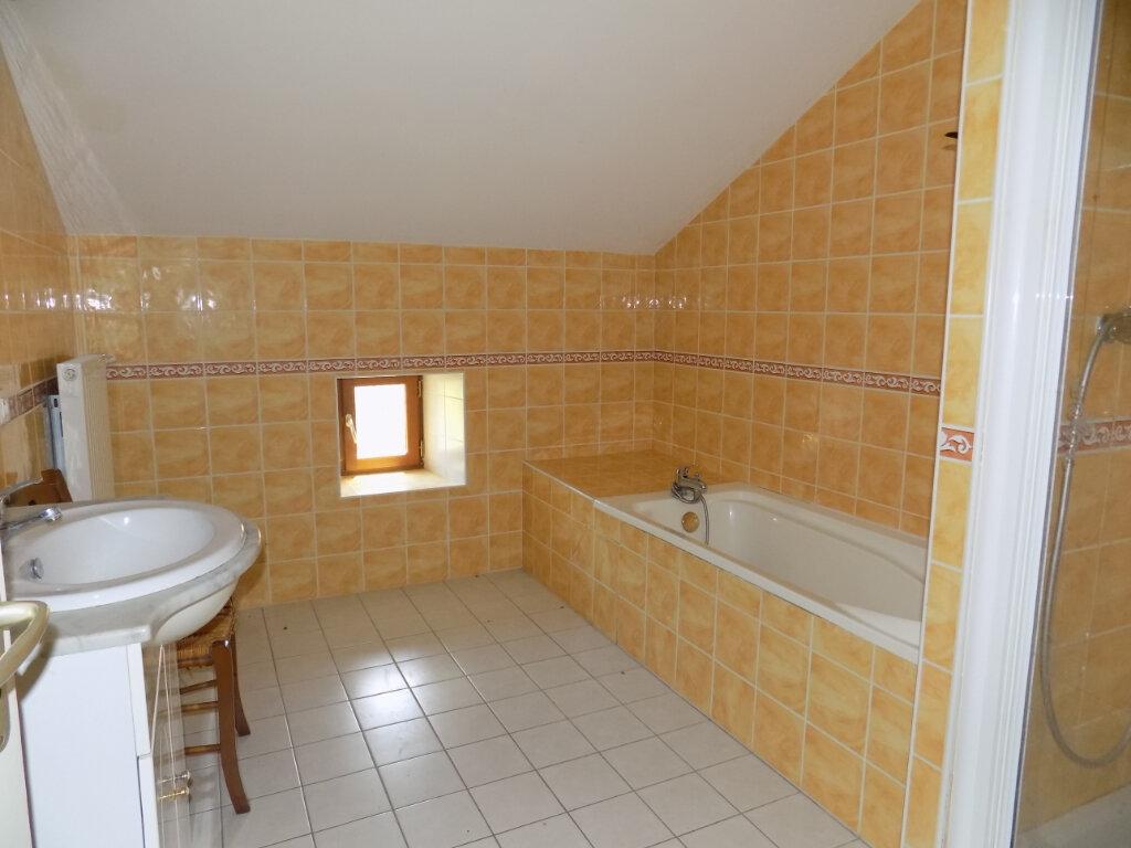 Maison à louer 4 103m2 à Oroux vignette-7