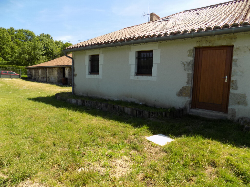 Maison à louer 4 103m2 à Oroux vignette-11