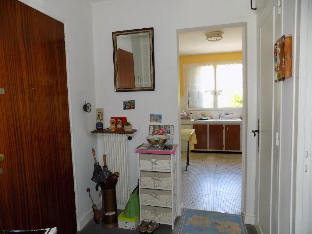 Appartement à louer 3 74m2 à Parthenay vignette-3
