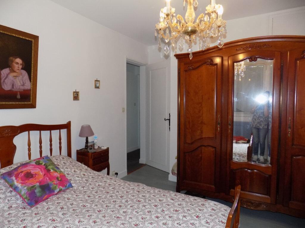 Appartement à louer 3 74m2 à Parthenay vignette-7