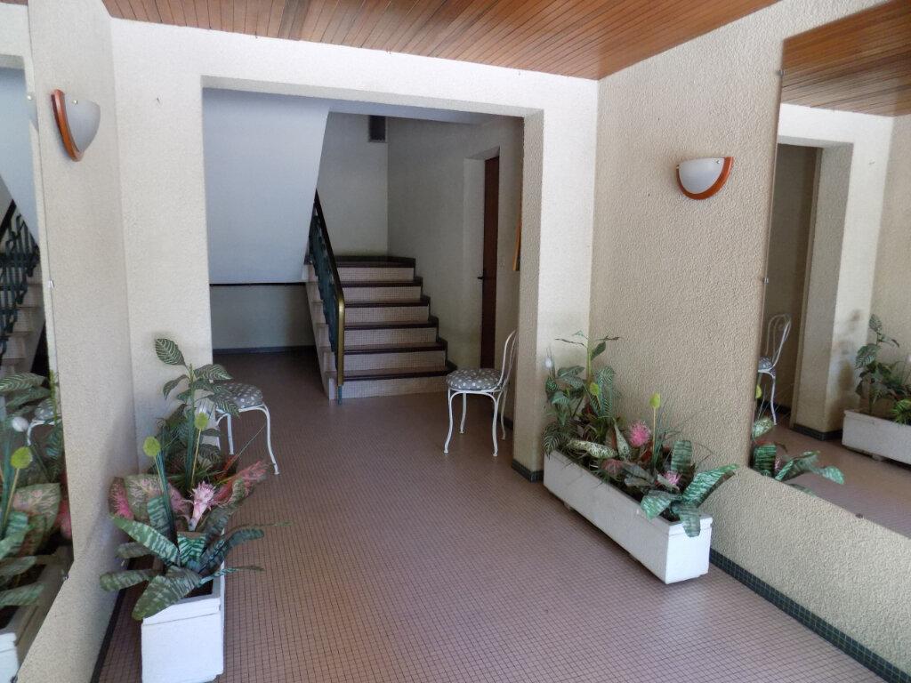 Appartement à louer 3 74m2 à Parthenay vignette-9
