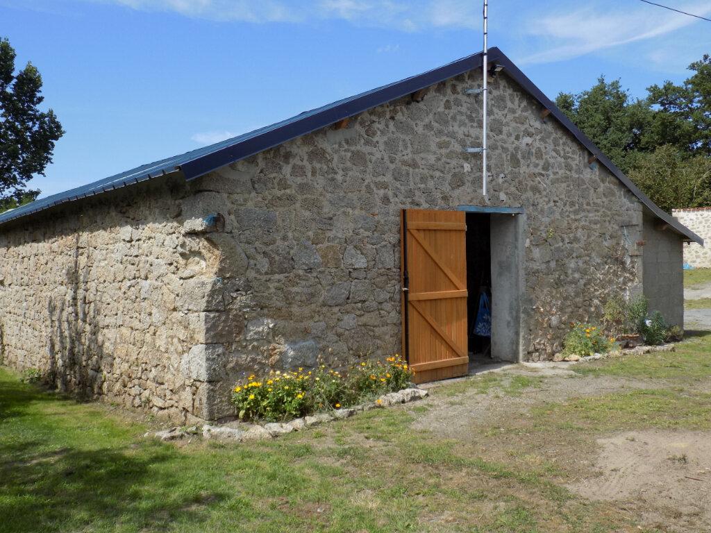 Maison à vendre 6 181m2 à Saint-Aubin-le-Cloud vignette-16