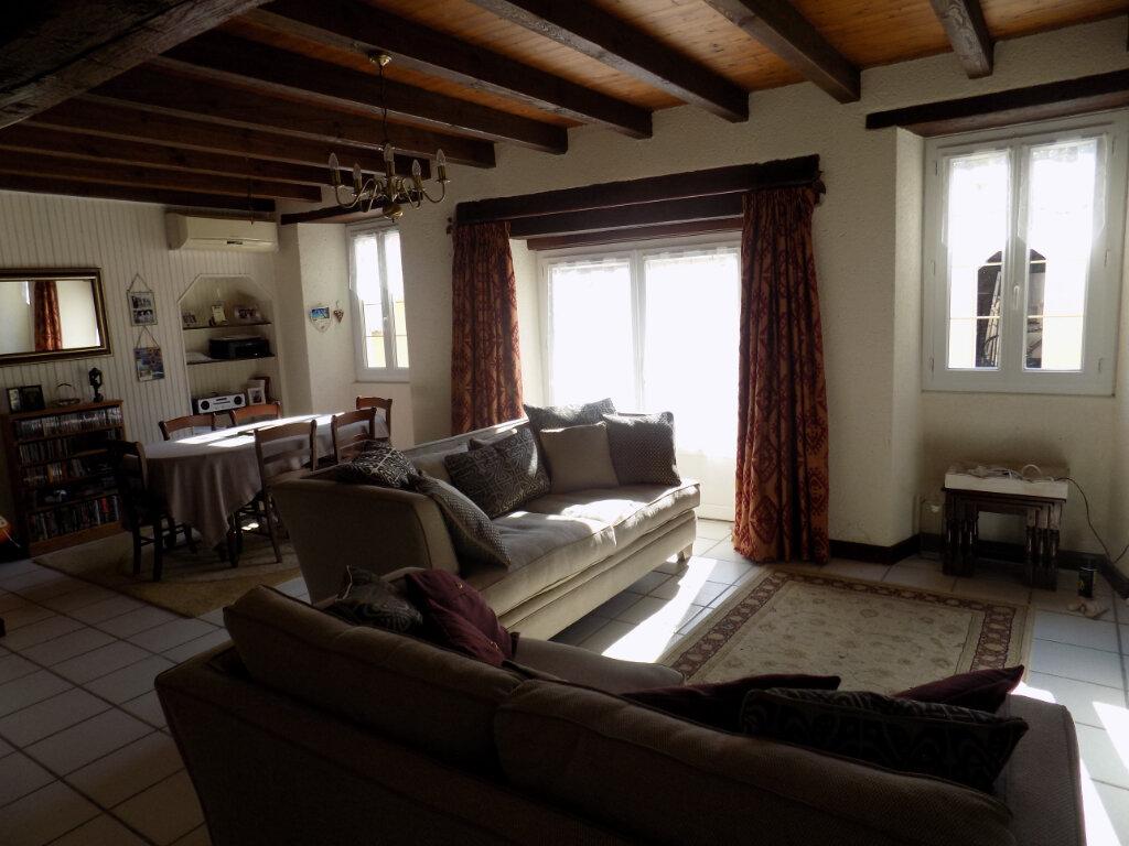 Maison à vendre 4 116m2 à Secondigny vignette-6