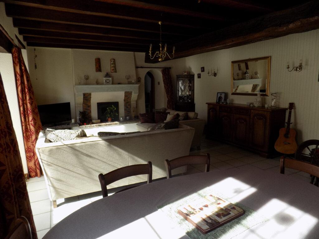 Maison à vendre 4 116m2 à Secondigny vignette-7