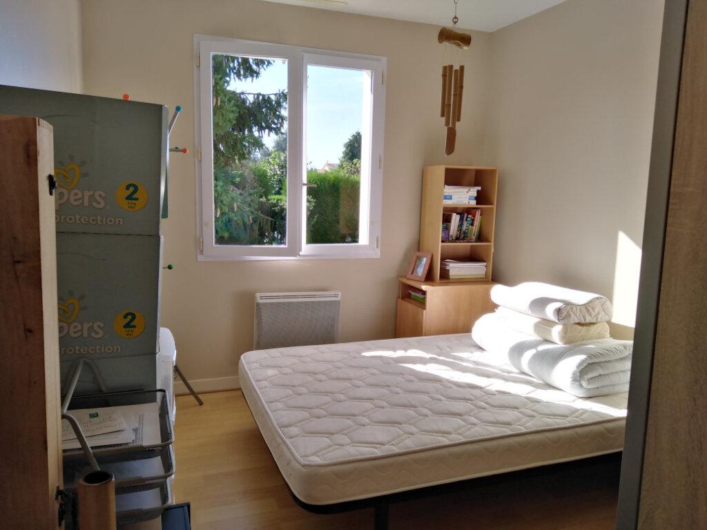Maison à louer 4 87m2 à Châtillon-sur-Thouet vignette-8
