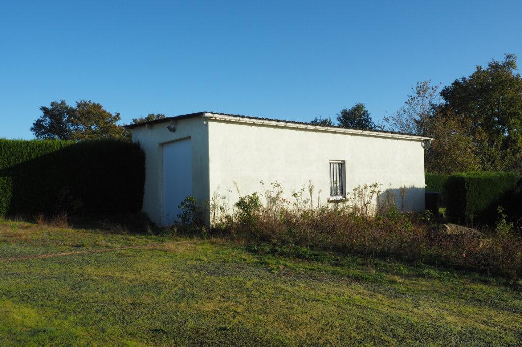 Maison à vendre 7 160m2 à Azay-sur-Thouet vignette-3