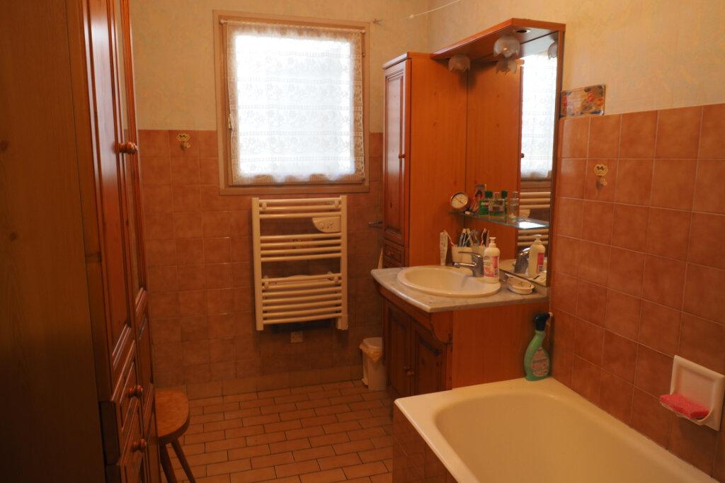 Maison à vendre 7 160m2 à Azay-sur-Thouet vignette-7