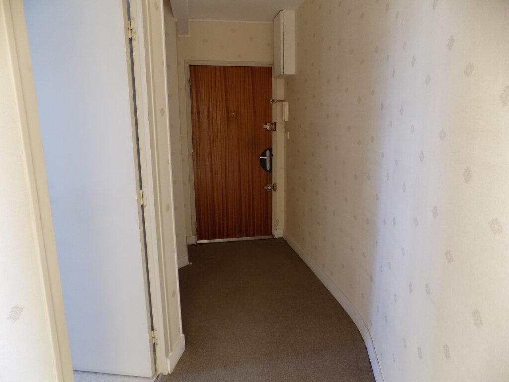 Appartement à louer 3 60m2 à La Peyratte vignette-4