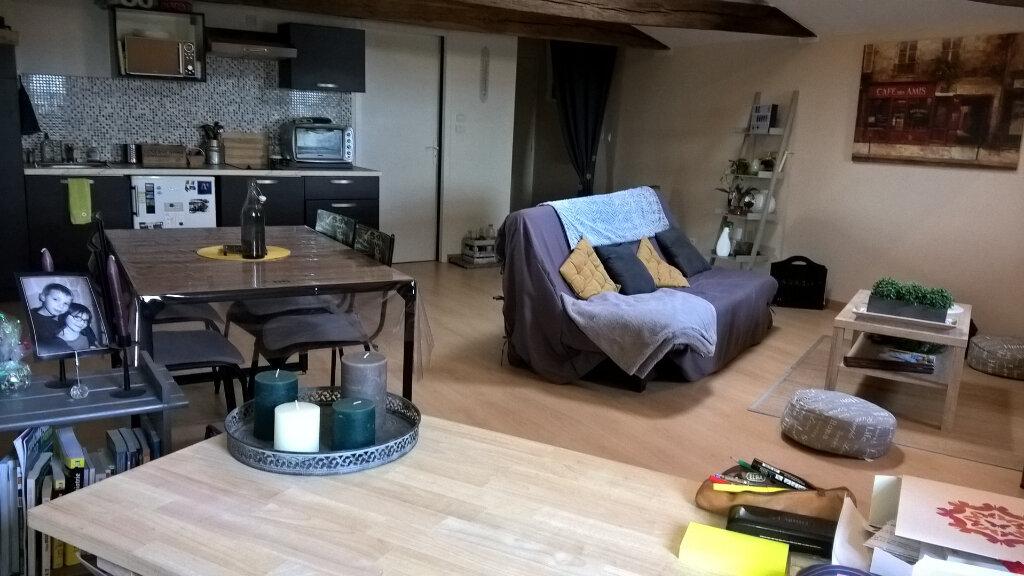 Appartement à vendre 2 60m2 à Parthenay vignette-3