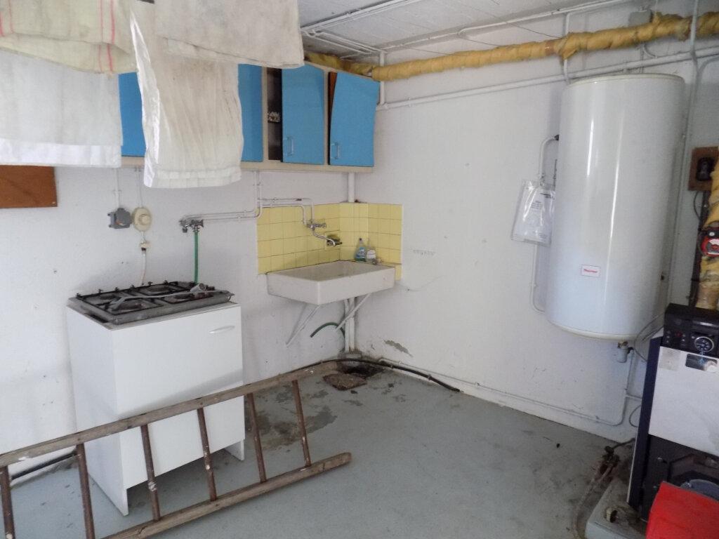 Maison à louer 6 85m2 à Parthenay vignette-11
