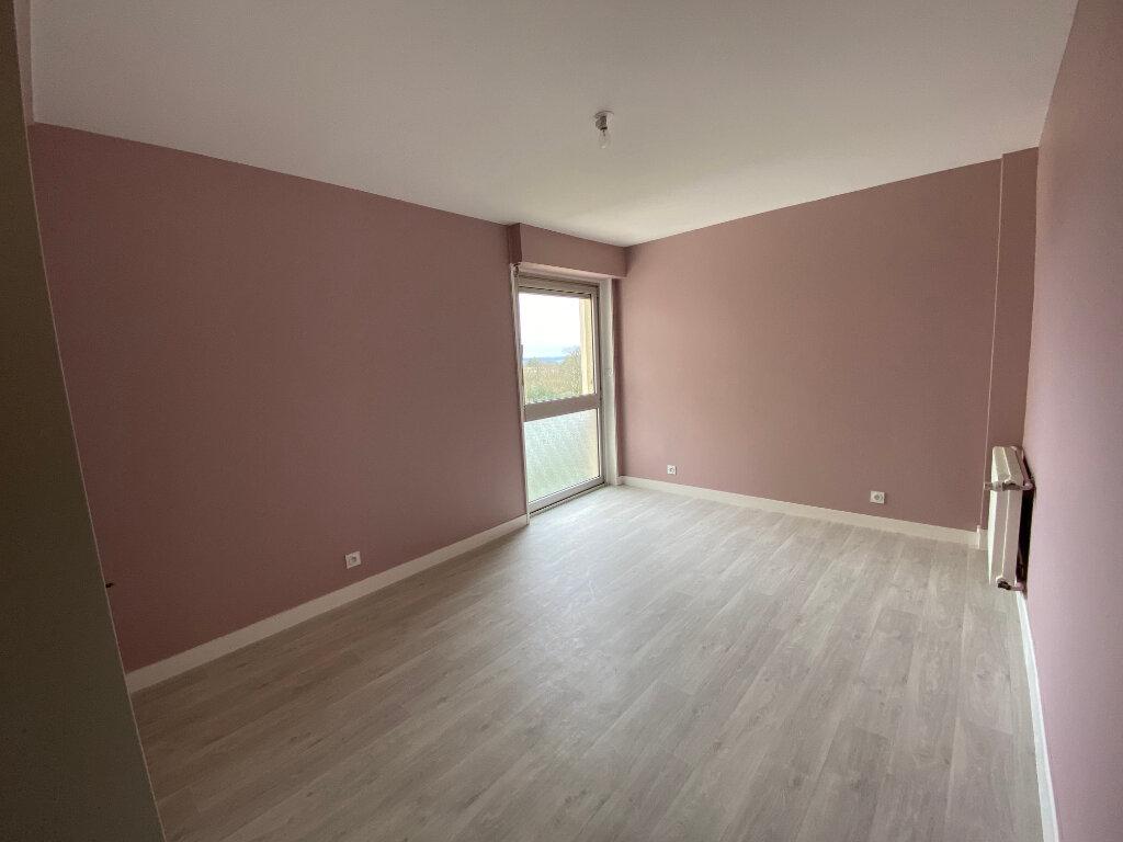 Appartement à louer 3 93m2 à Parthenay vignette-5