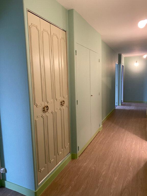 Appartement à louer 3 93m2 à Parthenay vignette-7