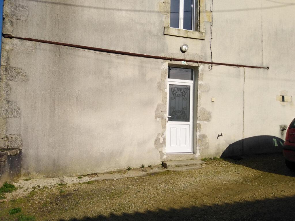 Maison à louer 4 90m2 à Ménigoute vignette-7