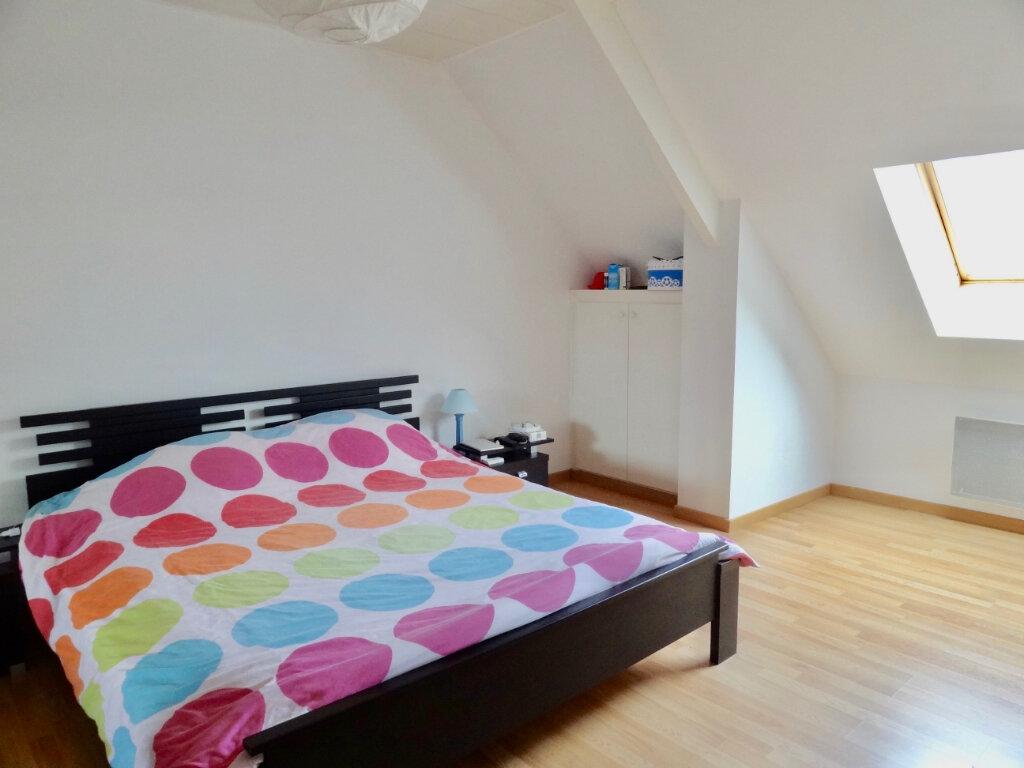 Maison à vendre 12 337m2 à Roinville vignette-5