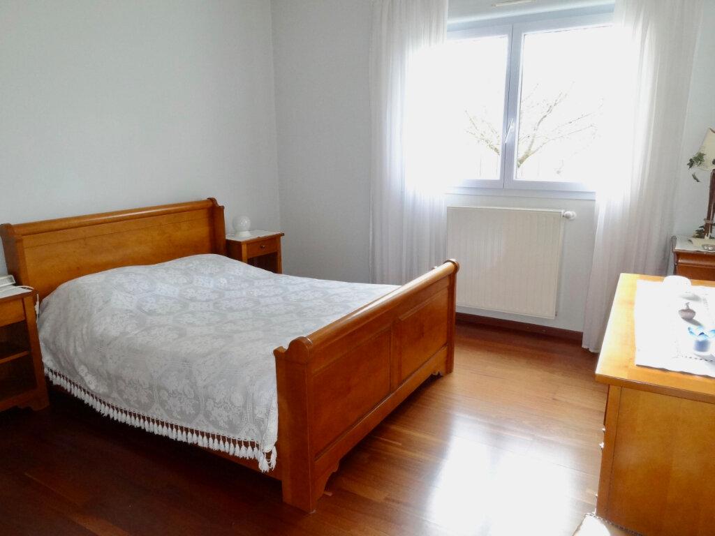 Maison à vendre 12 337m2 à Roinville vignette-6