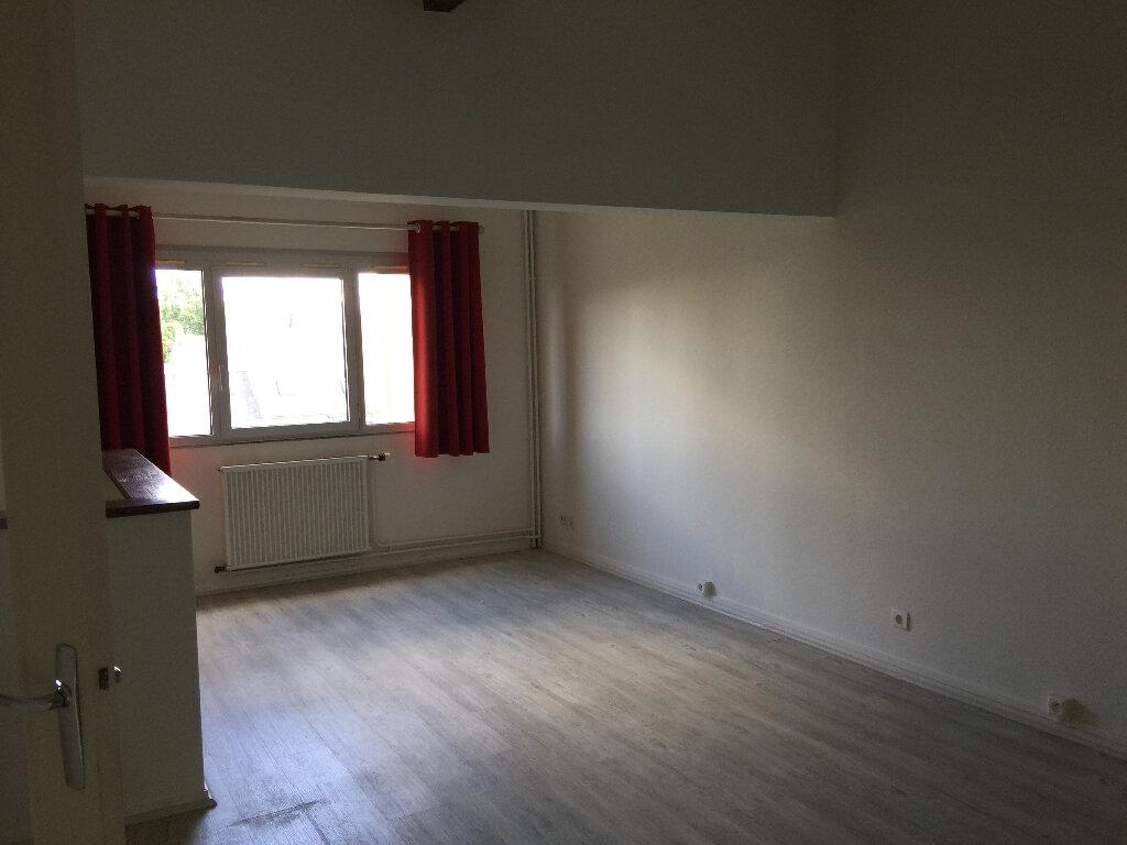 Appartement à louer 1 46m2 à Dourdan vignette-2