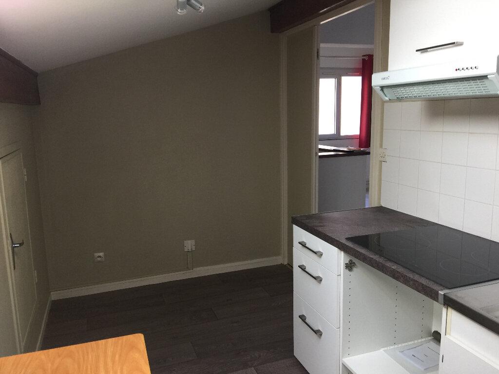 Appartement à louer 1 46m2 à Dourdan vignette-9