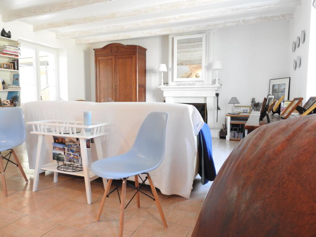 Maison à vendre 5 168m2 à Celle-Lévescault vignette-14