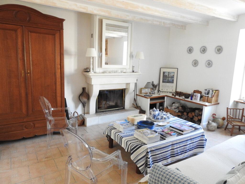 Maison à vendre 5 168m2 à Celle-Lévescault vignette-15
