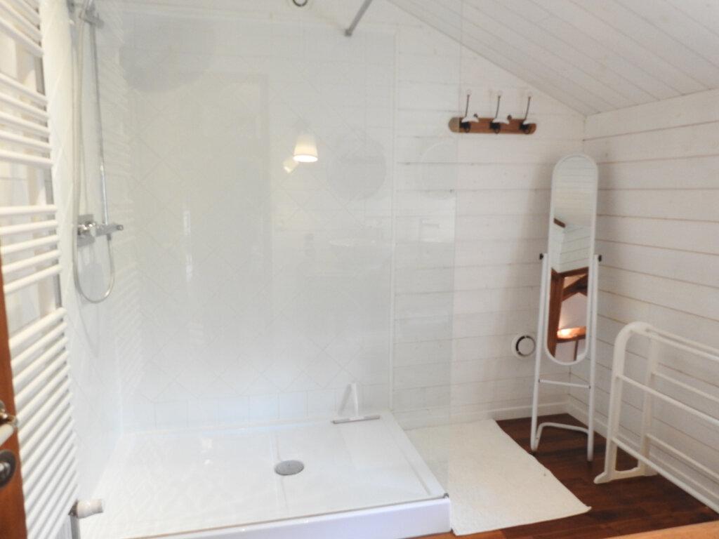 Maison à vendre 5 168m2 à Celle-Lévescault vignette-17