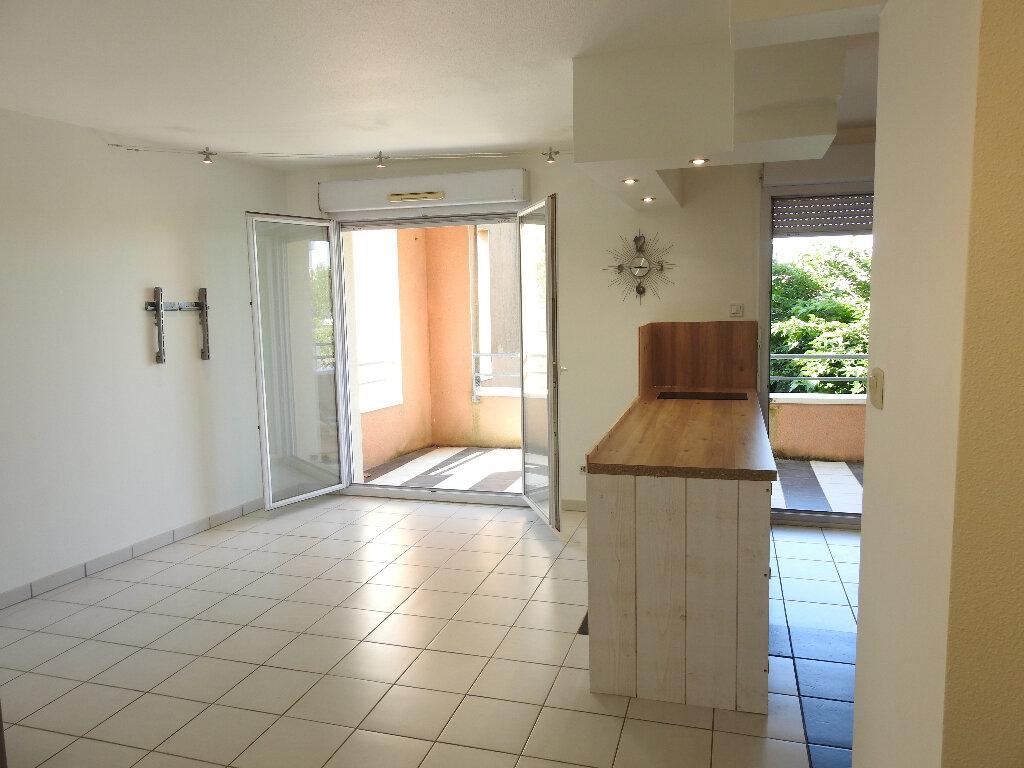 Appartement à louer 3 64m2 à Poitiers vignette-3