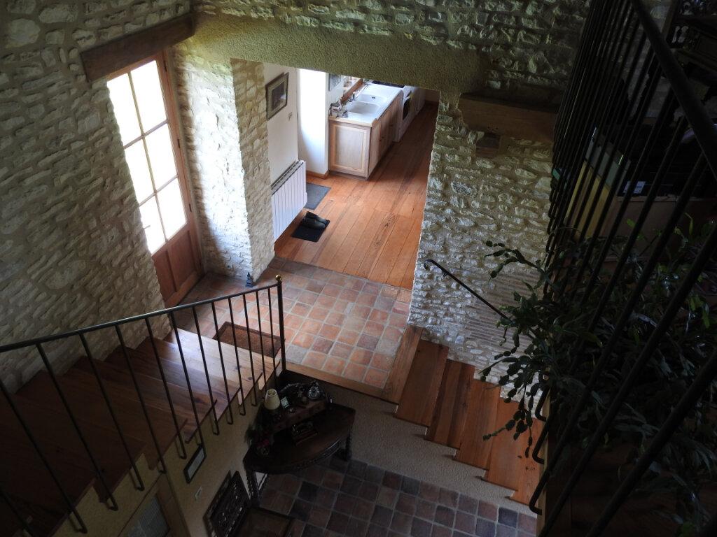 Maison à vendre 5 154m2 à Neuville-de-Poitou vignette-3