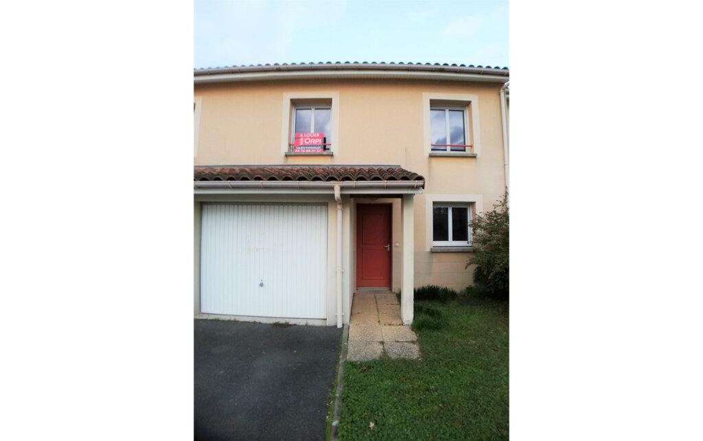 Maison à louer 4 83m2 à Poitiers vignette-10