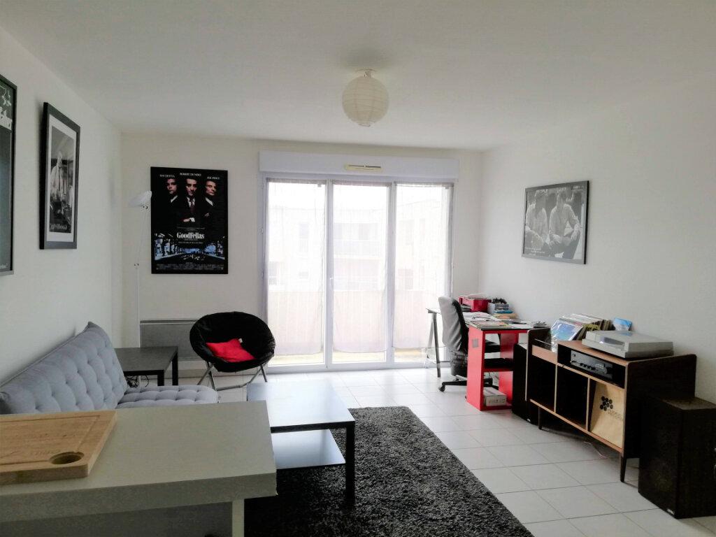Appartement à louer 2 43.14m2 à Poitiers vignette-3