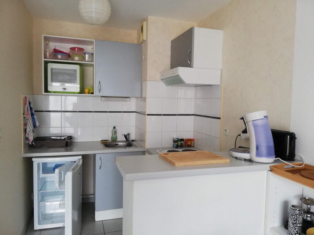 Appartement à louer 2 43.14m2 à Poitiers vignette-5