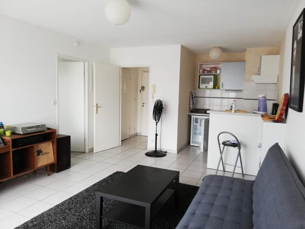 Appartement à louer 2 43.14m2 à Poitiers vignette-6