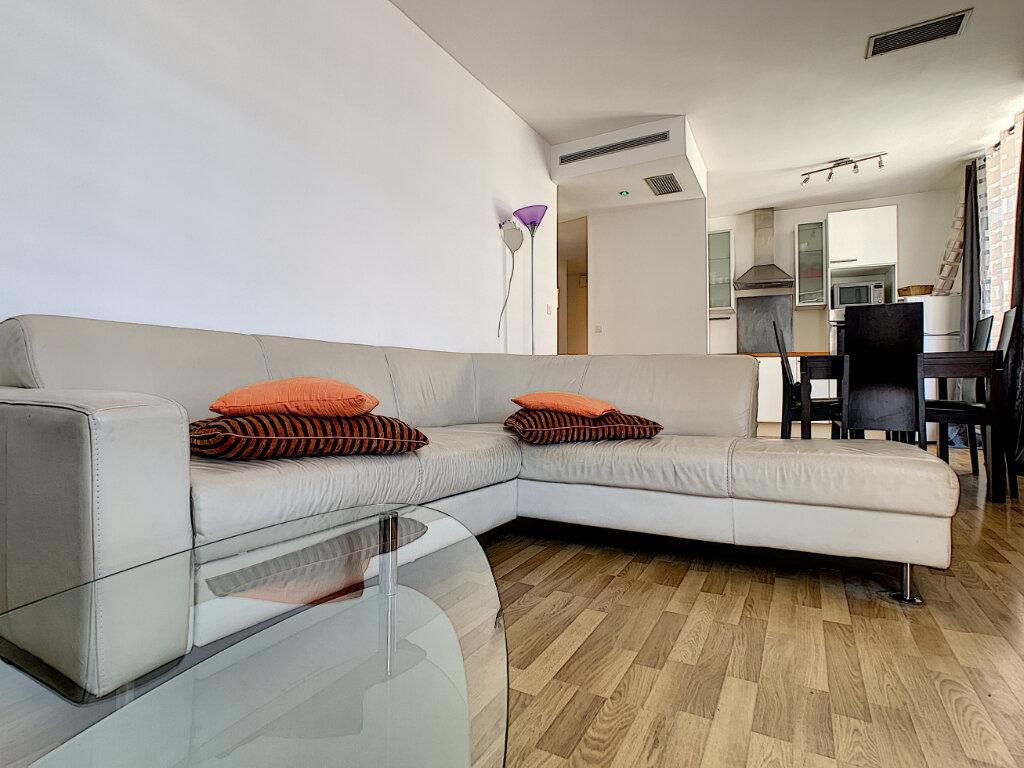 Appartement à vendre 3 62.06m2 à Cannes vignette-6