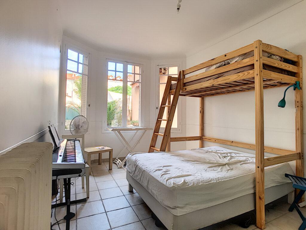 Appartement à vendre 3 83.4m2 à Cannes vignette-4