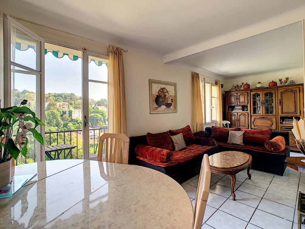 Appartement à vendre 3 66m2 à Cannes vignette-1