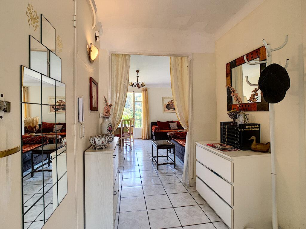 Appartement à vendre 3 66m2 à Cannes vignette-3