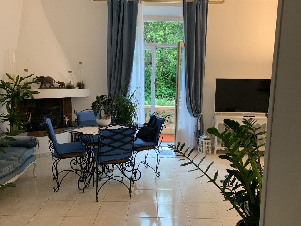 Appartement à vendre 3 77.39m2 à Cannes vignette-7