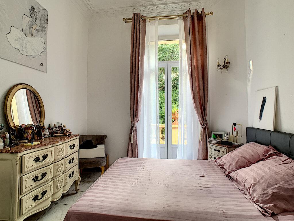 Appartement à vendre 3 77.39m2 à Cannes vignette-11