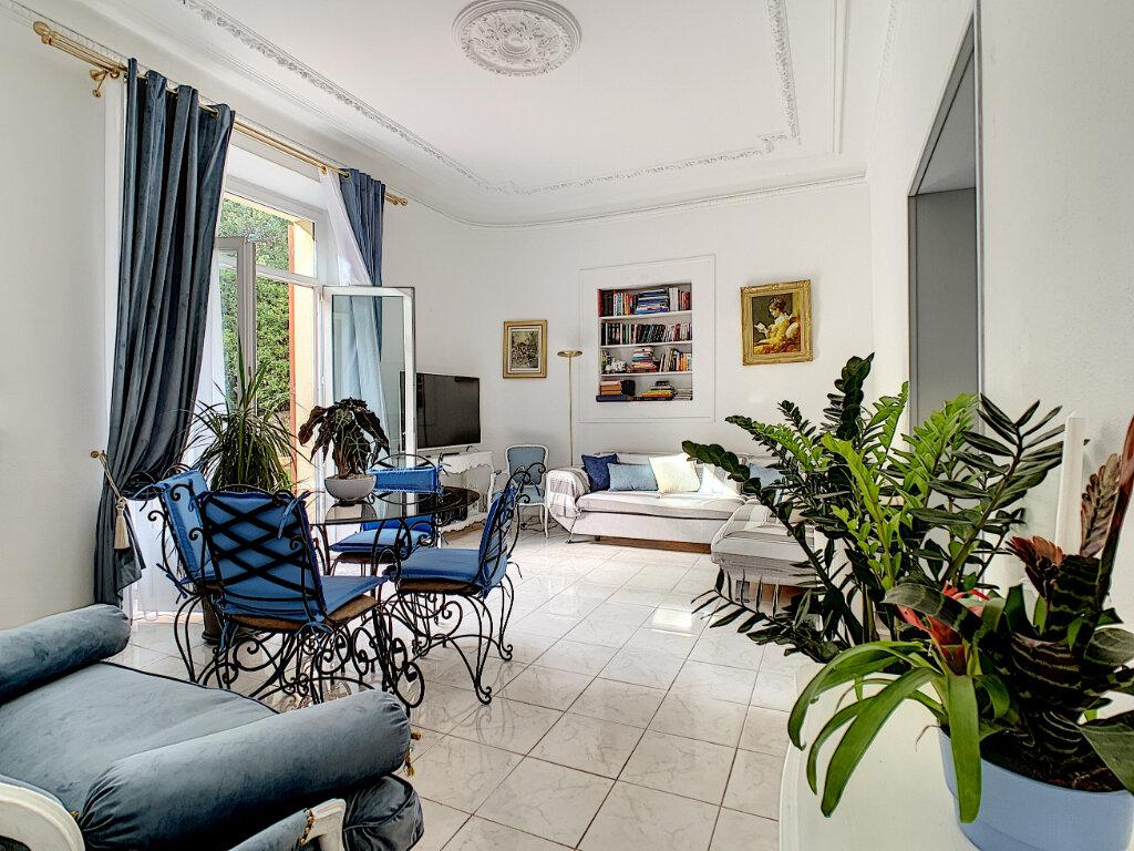 Appartement à vendre 3 77.39m2 à Cannes vignette-13